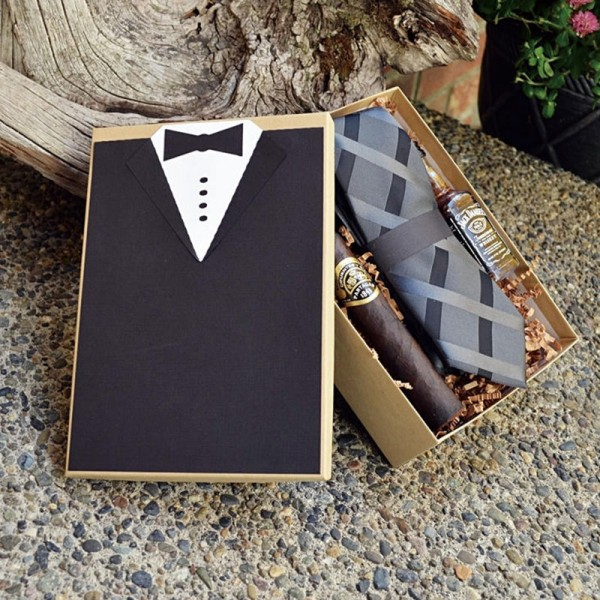 Customized Groomsman Gift Box