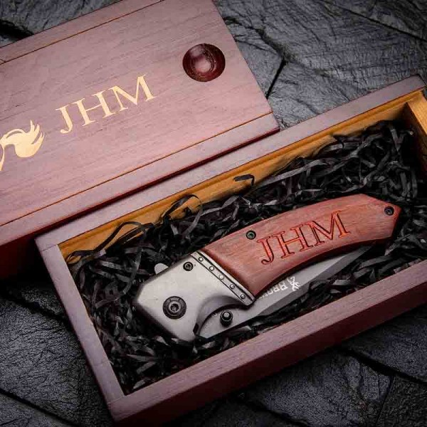 Knife With Quality Wood Box